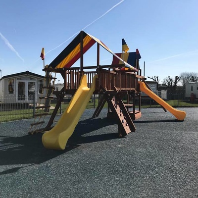 NEW PLAY AREA FOR SHERWOOD, LINCOLN AND PALM SQUARE